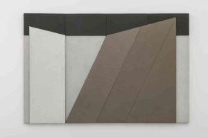Giuseppe Uncini, Dimora n. 46 a, 1984, cemento e laminato legno